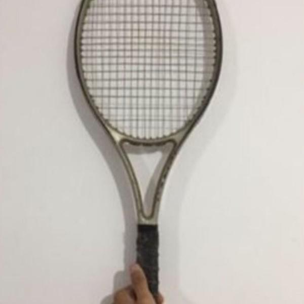 Raquete de tênis wilson pro
