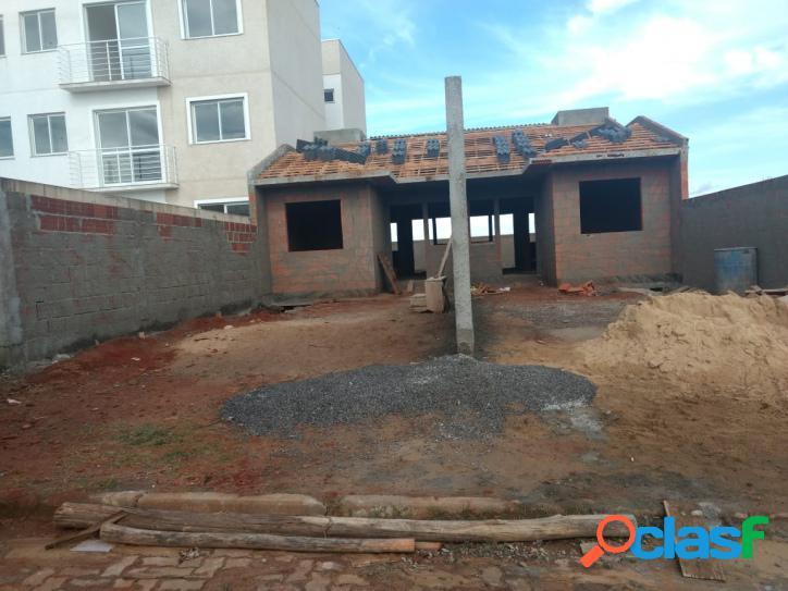 Casa nova em fase final de construção