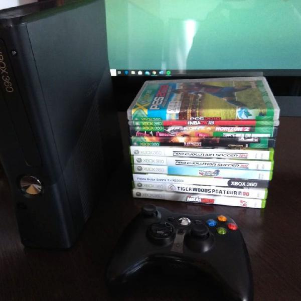 Xbox 360 + 2 controles ótimos + 9 jogos. desbloqueado