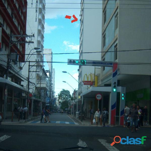 vendo sala comercial calçadão São José do Rio Preto. 9