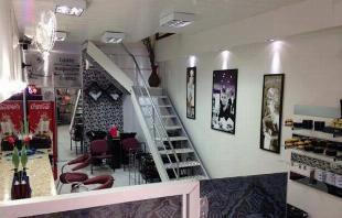 Alugo espaços para profissionais de beleza (salão de