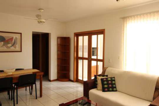 Excelente apartamento totalmente mobiliado com
