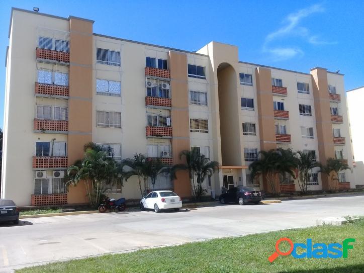 Apartamento en venta en urbanización valles del nogal, san diego. 59 m².