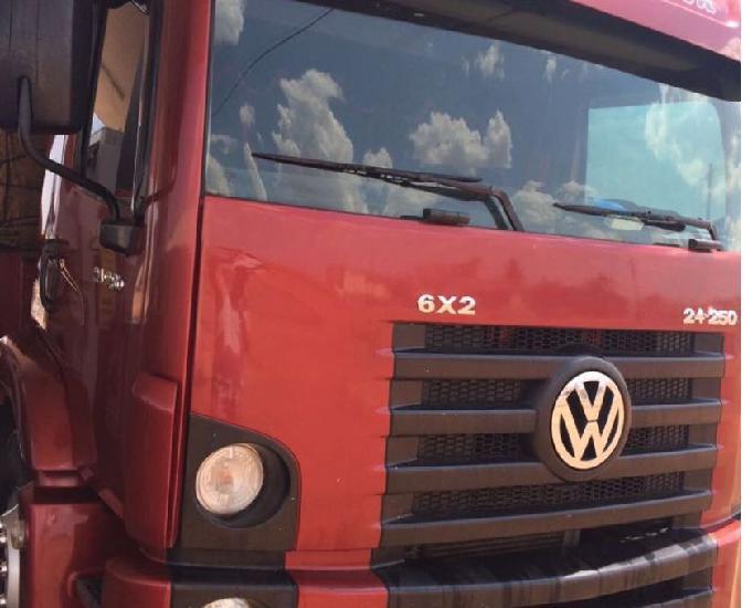 Vw 24.250 carroceria 2012 a vista ou parc.(urgente)
