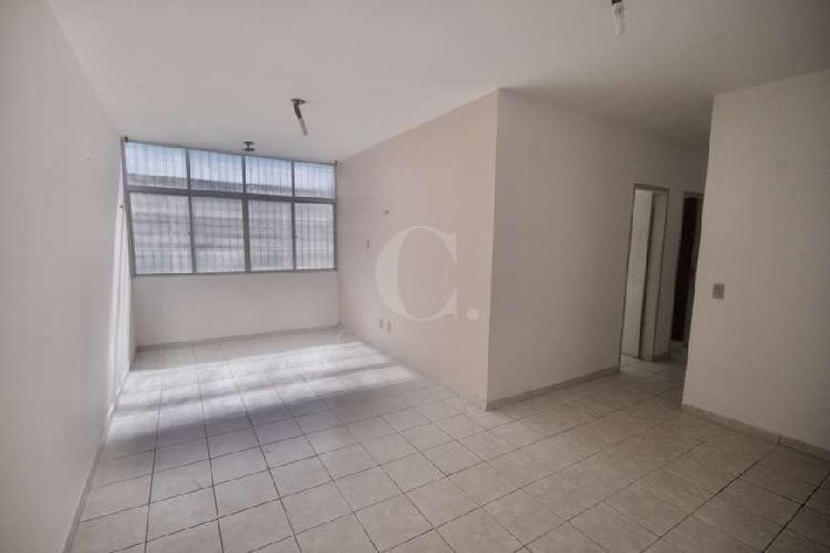 Apartamento para venda no condomínio residencial