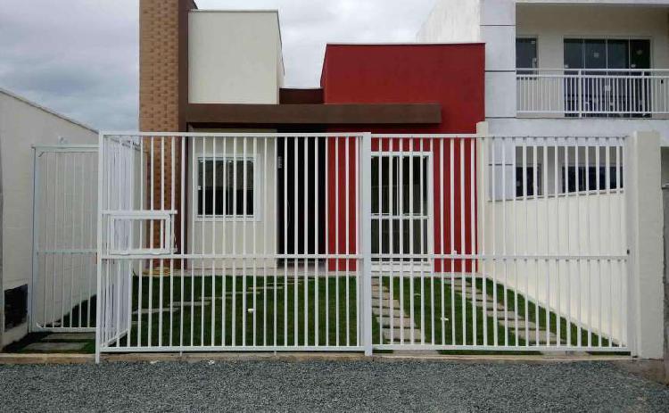 Casa de 73 metros quadrados no bairro norte de piçarras com