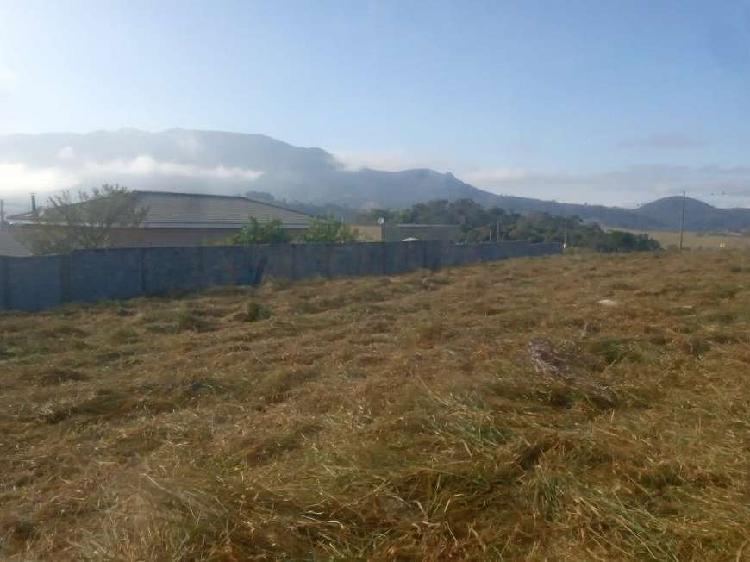 Lindo lote em condominio fechado e vista para montanha 1443