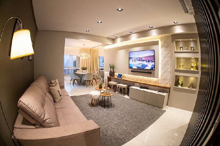 Apartamento no centro imperdível -espaço e bom gosto