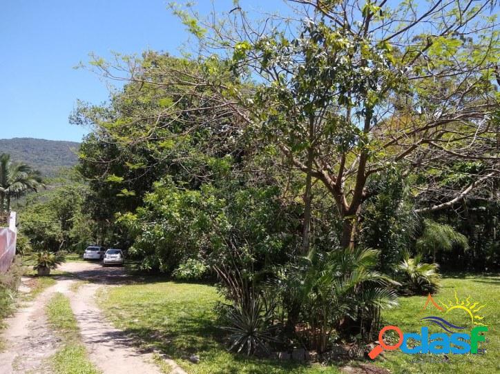 Linda área comercial / residencial rural à venda c/ 8.000m2 na melhor localização do rio vermelho - praia do moçambique em florianópolis - sc.