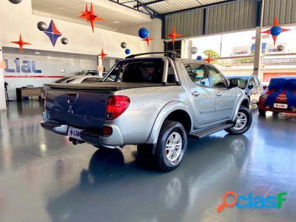 Mitsubishi l200 triton hpe 3.2 cd tb int.diesel aut prata 2015 3.2 diesel