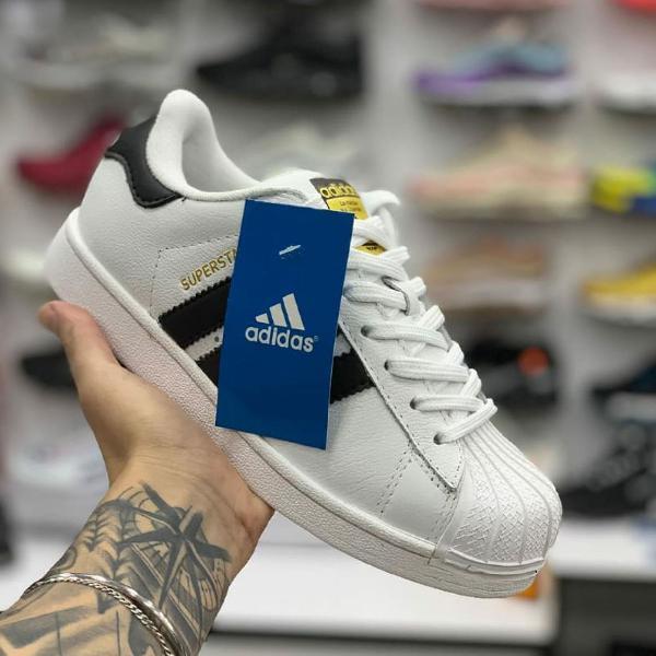 Tênis adidas superstar branco e preto novo unissex