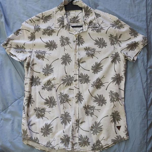 Camisa manga curta estampada tamanho m siberian