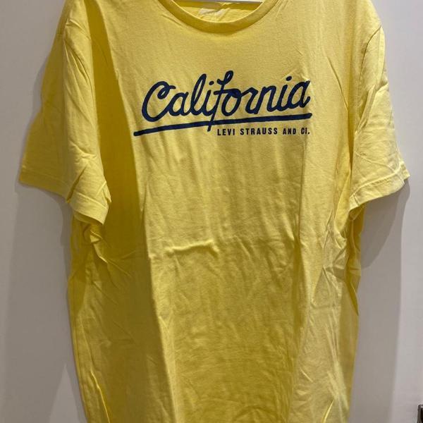 Camiseta california levis