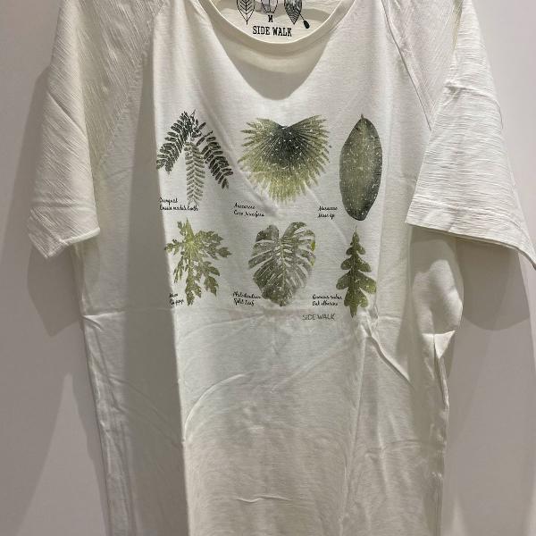Camiseta estampa plantas side walk
