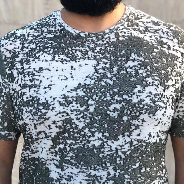 Camiseta zara com textura