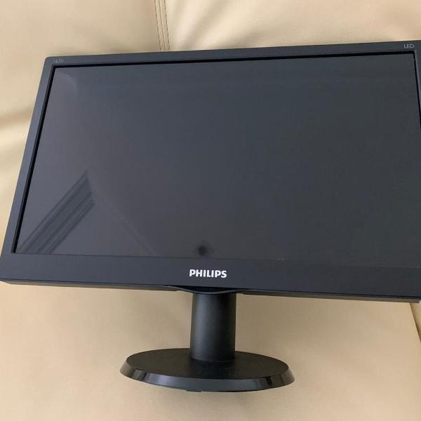 Monitor philips 163v5l; computador;