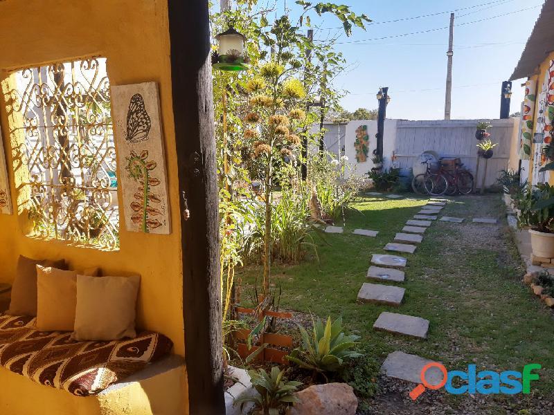 2 Casas Rústicas na roça a 3 km da Praia de Unamar