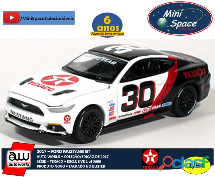 Auto World 2017 Ford Mustang GT logo Texaco 1/64