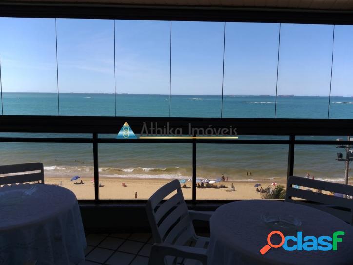 Frente mar 4 quartos 2 suítes de 320 m²