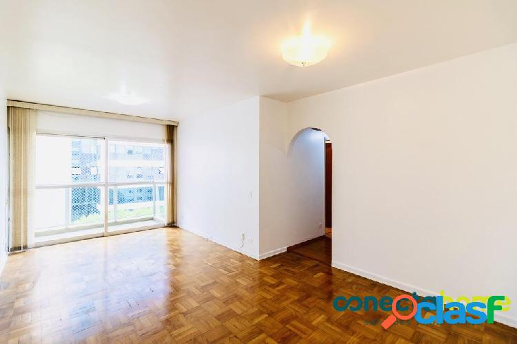 Apartamento de 80 m², 3 dormitórios e 2 vagas em moema