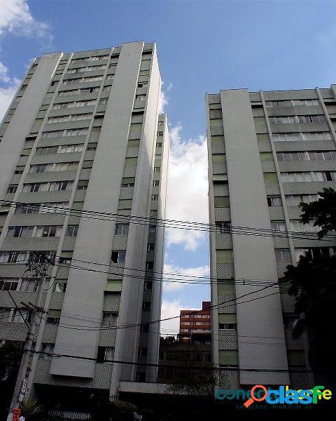 Apartamento de 89 m², 2 dormitórios c/ 1 suíte e 1 vaga no itaim bibi