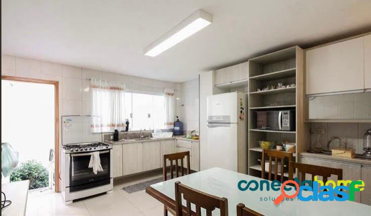Sobrado de 155 m², 3 dormitórios c/ 1 suíte e 4 vagas na vila formosa