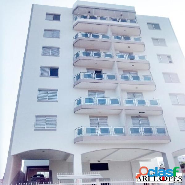Apartamento mongaguá 2 quartos, apenas 50 metros da praia