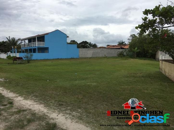 Excelente terreno amplo de 755,12 m², com boa localização, pertinho do mar, em Bal. Barra do Sul – SC.