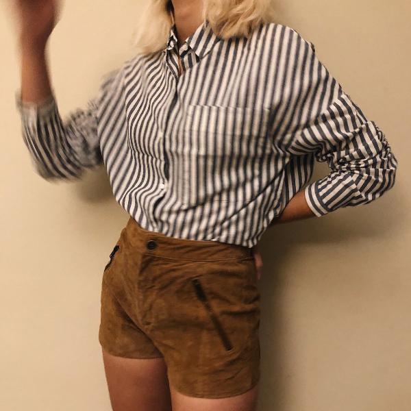 Blusa listrada de botao zara