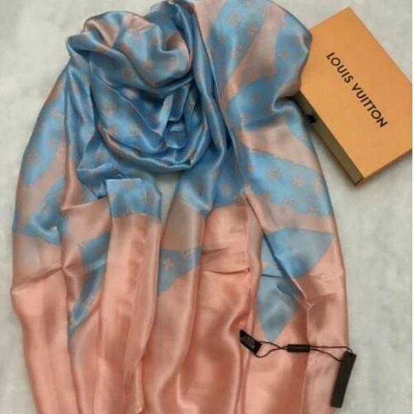 Echarpe lenço rosa com azul louis vuitton