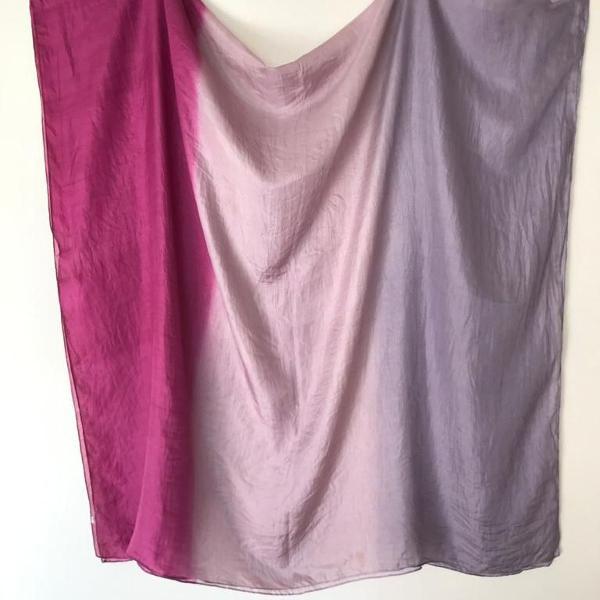 echarpe tie dye lilás