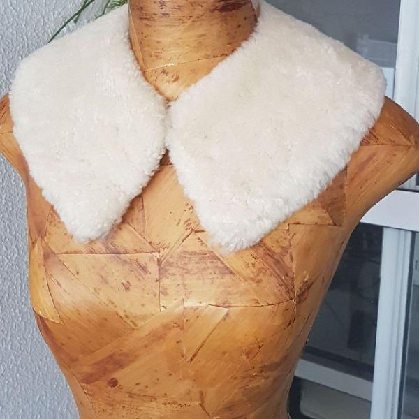 Gola pele natural de carneiro