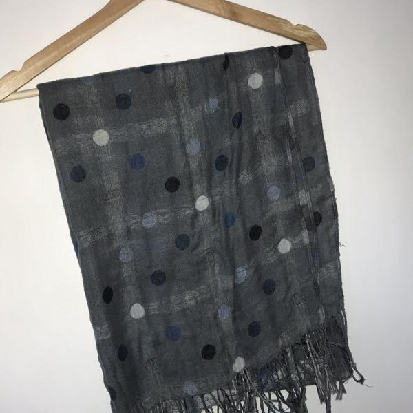 Lenço echarpe cinza e azul