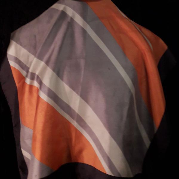 Lenço vintage de seda geométrico