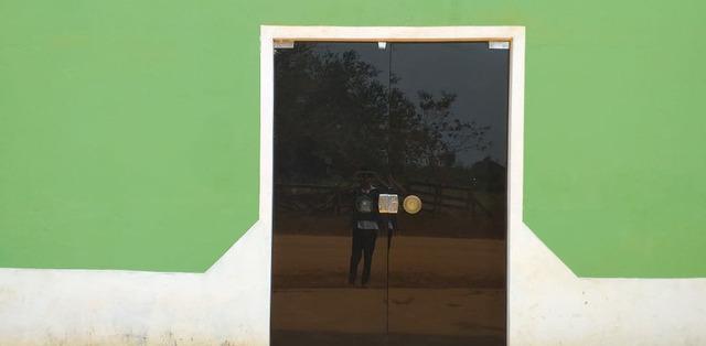 Vendo ou troco Casa com 1 domitório - MGF Imóveis