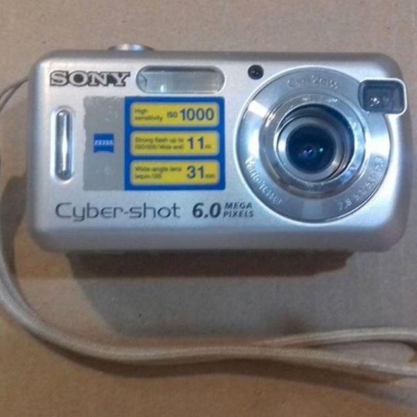 Câmera fotográfica digital sony cyber-shot 6.0 megapixels