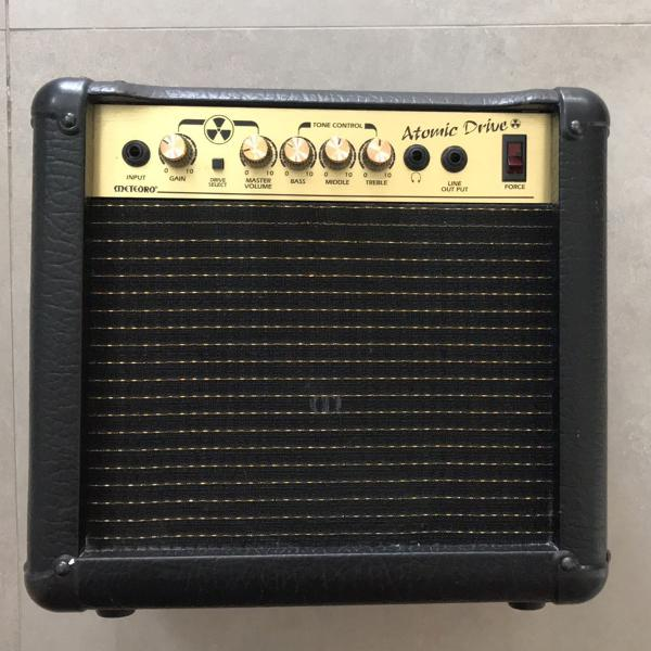 Amplificador meteoro atomic drive
