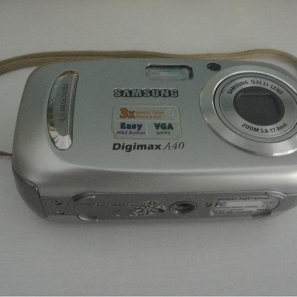 Câmera digital samsung a40, 4 megapixels.