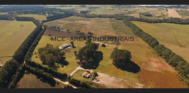 Terreno 362.378,72 m² para industrias, inclusive poluentes