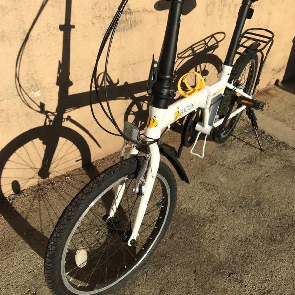 Bicicleta dobrável, câmbio 7 marchas, semi nova, marca
