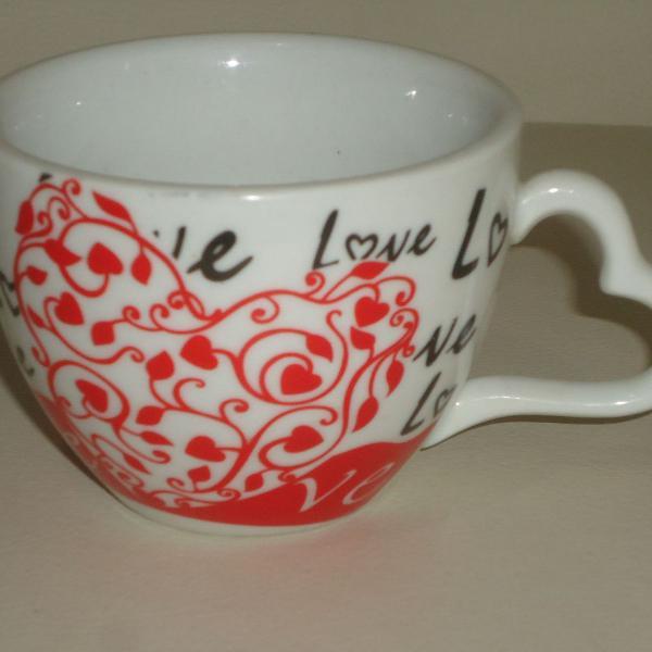 Xícara caneca em porcelana love