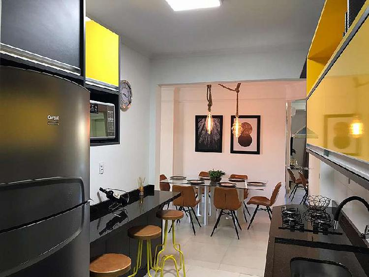 Apartamento 2 dormitórios mobiliado, decorado e climatizado