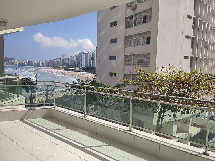 Belo apartamento para venda possui 256 metros quadrados com