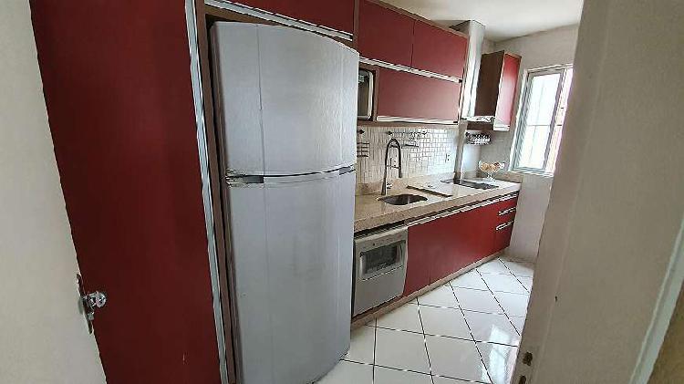 Apartamento, 2 quartos, móveis planejados, pronto para