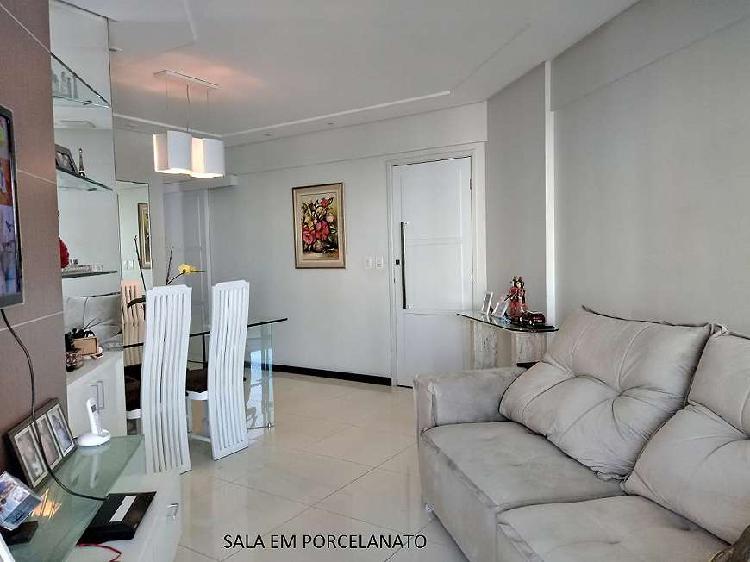 Apartamento para venda tem 76 metros quadrados com 3 quartos