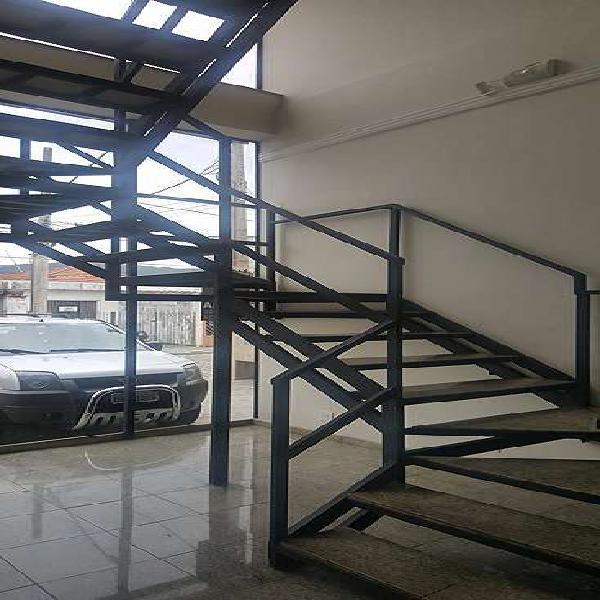 Prédio comercial local industrial com 440 m²