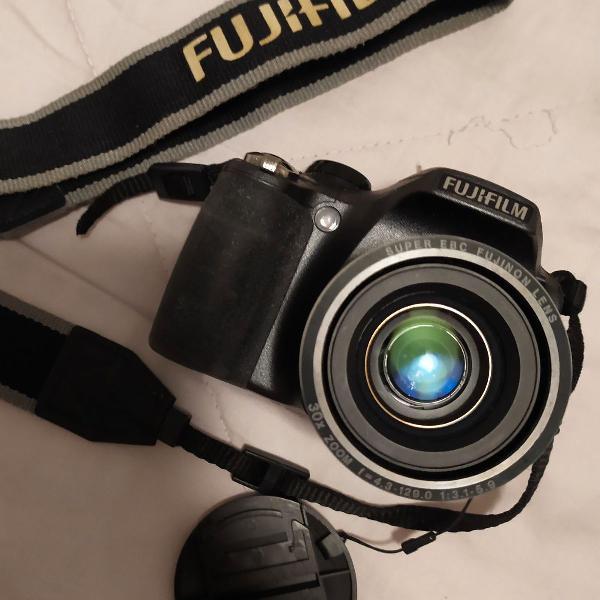 Câmera fujifilm finepix s300 14mp zoom 30x