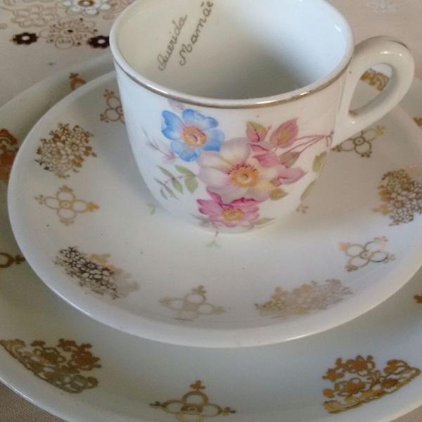 Jogo de chá antigo