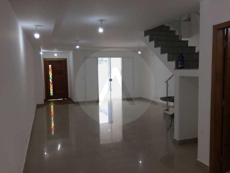 Imobiliária agatê imóveis vende casa duplex de 210 m²