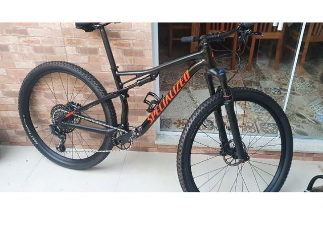 Mountain bike specialized epic full 2019